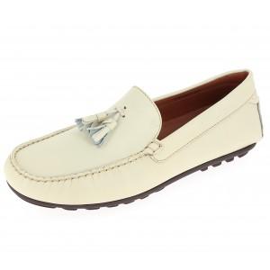 Chaussures mocassins hommes beige en cuir avec pompons