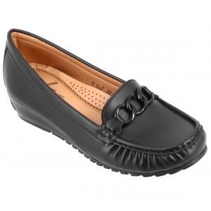 Chaussure Femme Mocassin en cuir noir avec garniture